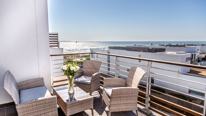 by Spectacular Sea View Apartment 257 Eden on The Bay   LekkeSlaap