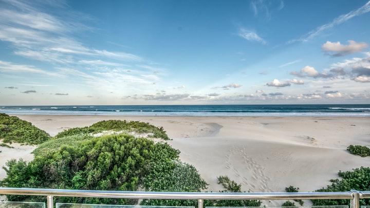 Paradise Beach Accommodation at Paradise Sands | TravelGround