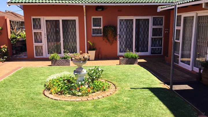 Umhlanga Accommodation at 101 Round the Green Self-catering | TravelGround