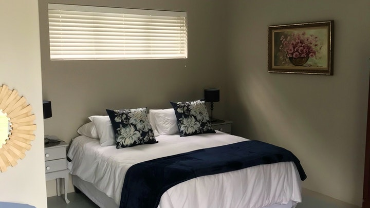 at Aster @ 5 Sunridge Park Self Catering | TravelGround