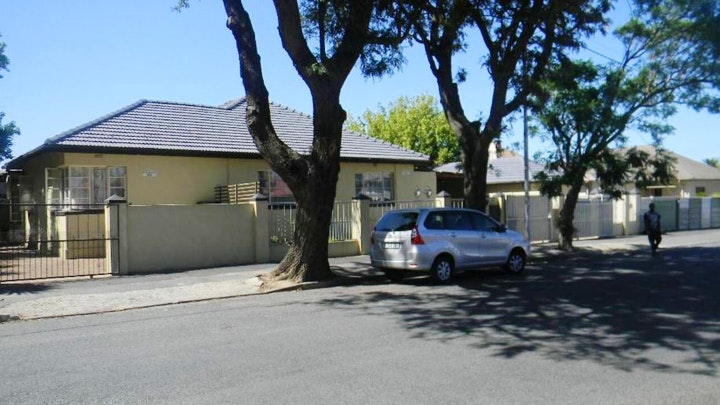 Somerset West Accommodation at M2T Guest House | TravelGround
