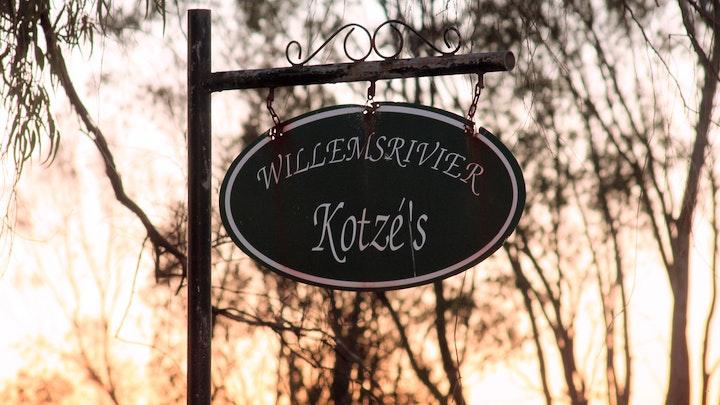 by Willemsrivier Trekpad Guest Houses, Nieuwoudtville | LekkeSlaap