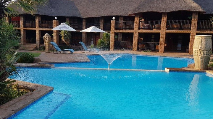 by Bushman's Rock Country Lodge | LekkeSlaap