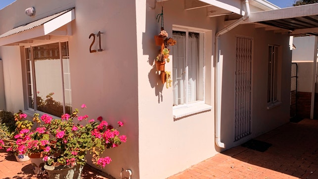 by Daffy's Cottage 21 on Salerno | LekkeSlaap