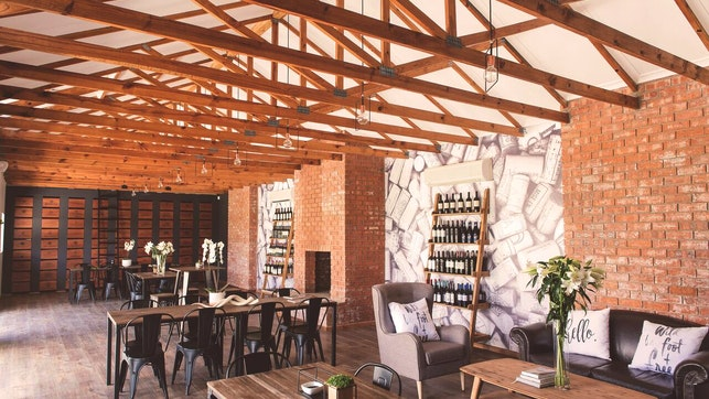 by Warm Karoo and The Kitchen | LekkeSlaap