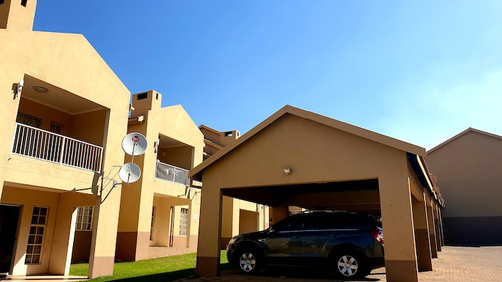 Del Judor Accommodation at Crestwave Villa C6 | TravelGround