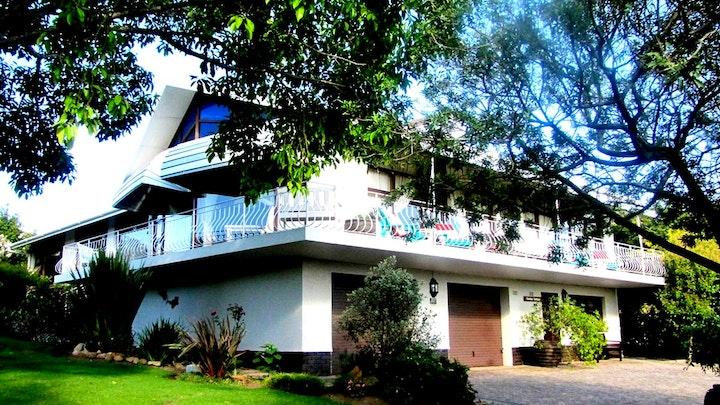 Caledon Akkommodasie by Tehillah Guest House | LekkeSlaap