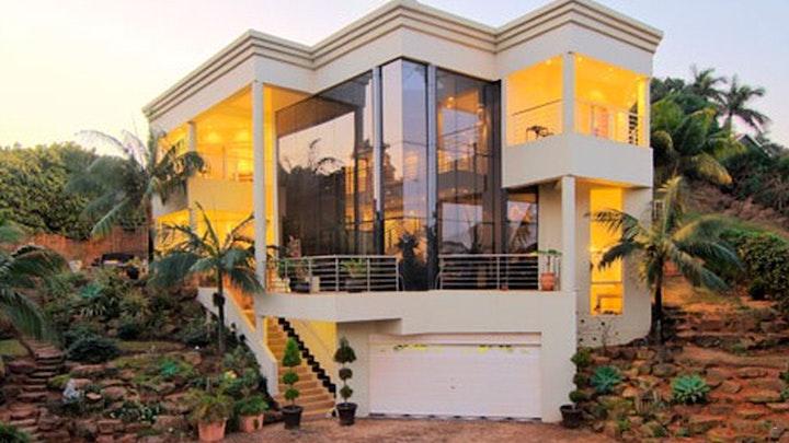 Umhlanga Akkommodasie by Fairwood Guesthouse | LekkeSlaap
