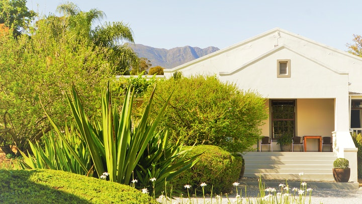 by Swellendam Country Lodge | LekkeSlaap