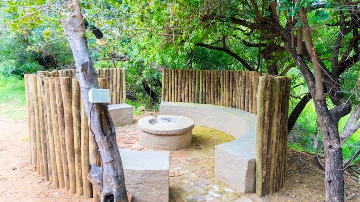 Bela-Bela Akkommodasie by Mabalingwe Elephant Lodge Unit 165 Loerie (b) | LekkeSlaap