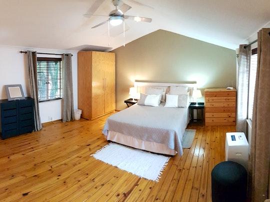 Fourways Akkommodasie by Six Valk Avenue Guest House | LekkeSlaap
