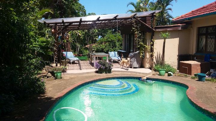 Uvongo Accommodation at Delightful Annex Cottage | TravelGround