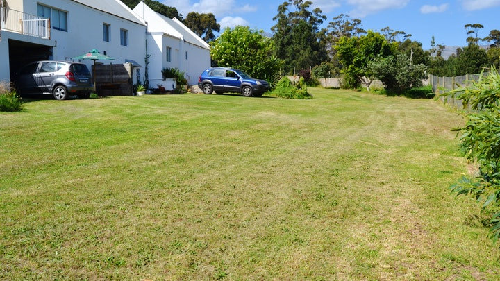 Somerset-Wes Akkommodasie by Now and Then Accommodation   LekkeSlaap
