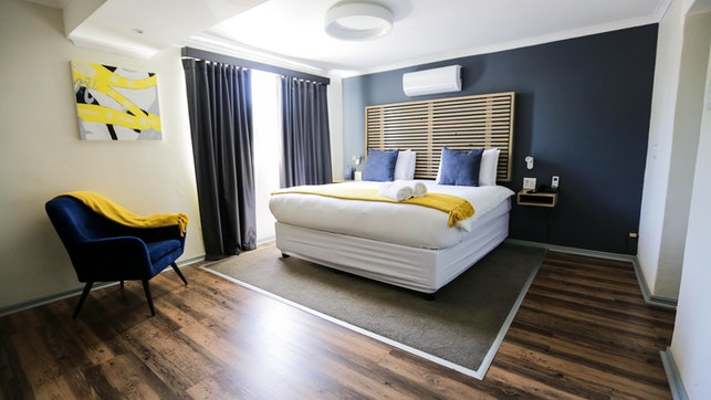 by New National Hotel & Conference | LekkeSlaap