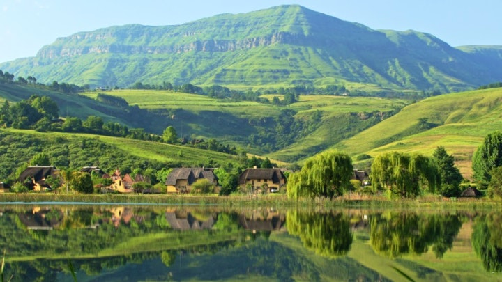 Champagne Valley Accommodation at Champagne Haven | TravelGround