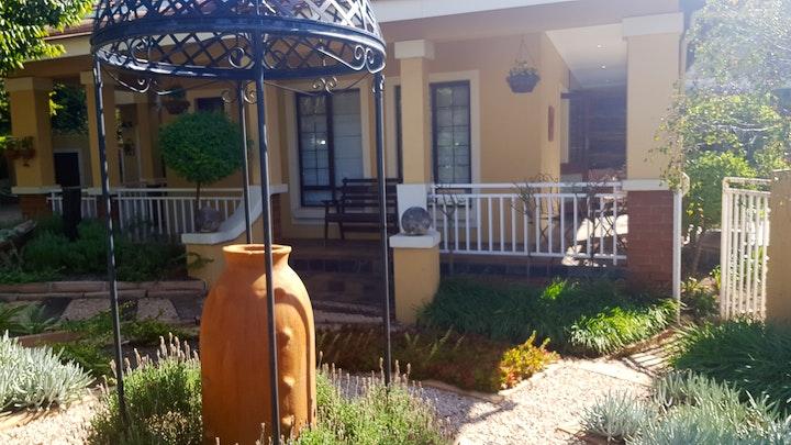 Pretoria-Oos Akkommodasie by 14 Candlewood Guesthouse | LekkeSlaap