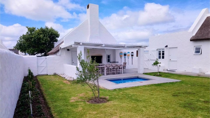 Struisbaai Accommodation at Our Happy Place | TravelGround