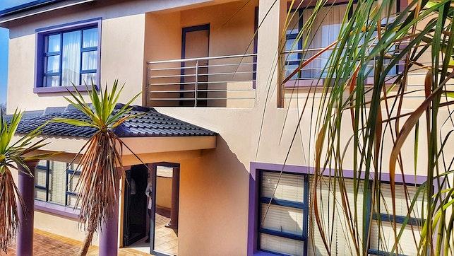 by Thokomala Guest House | LekkeSlaap