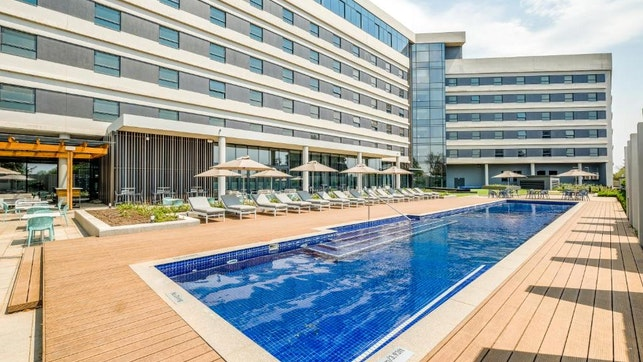 by Radisson Hotel and Convention Centre OR Tambo | LekkeSlaap
