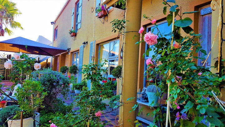 West Beach Akkommodasie by West Beach Cottages | LekkeSlaap