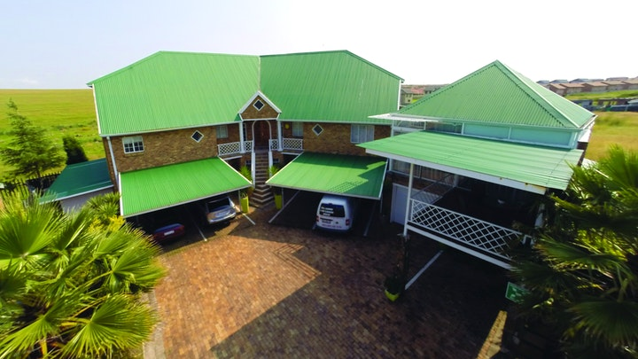Noodrand Accommodation at Riverside Country Estate 17E | TravelGround