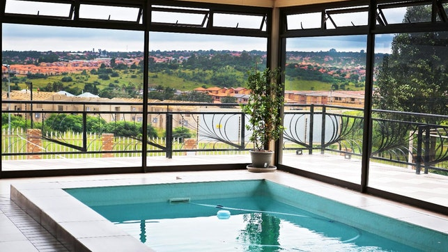at Eagle Nest Luxury Accommodation | TravelGround