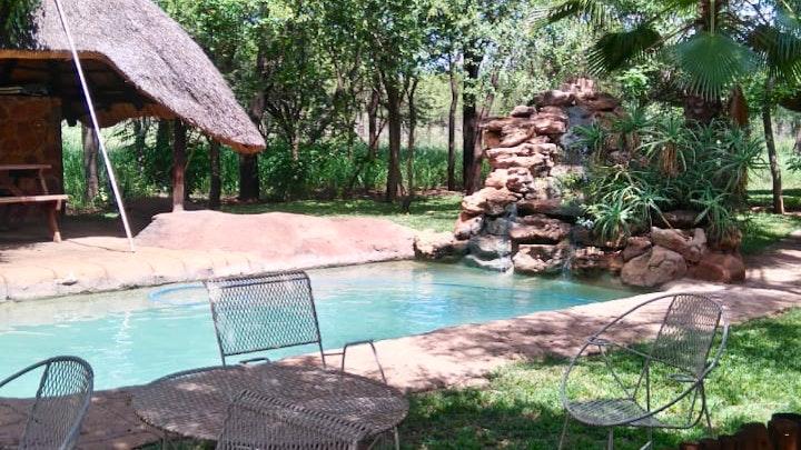 Limpopo Akkommodasie by Alexanderfontein Game and Guest Farm | LekkeSlaap