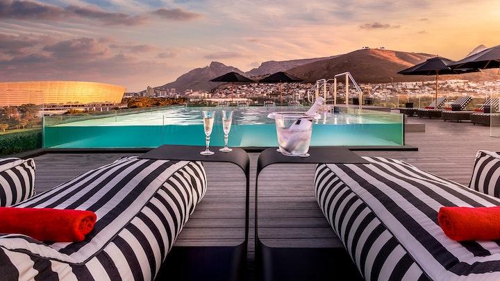 Mouille Point Akkommodasie by O'Two Hotel | LekkeSlaap