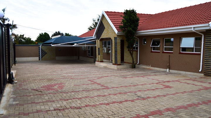 Kempton Park Accommodation at Channel View Lodge | TravelGround