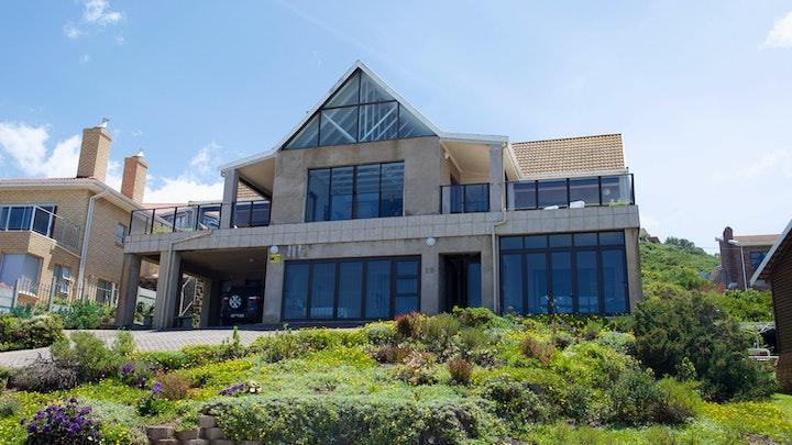 at Danna Baai Huis | TravelGround