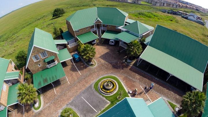 Noodrand Accommodation at Riverside Country Estate 15C | TravelGround