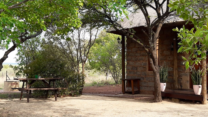 at Five Pebbles on Piece of Africa | TravelGround