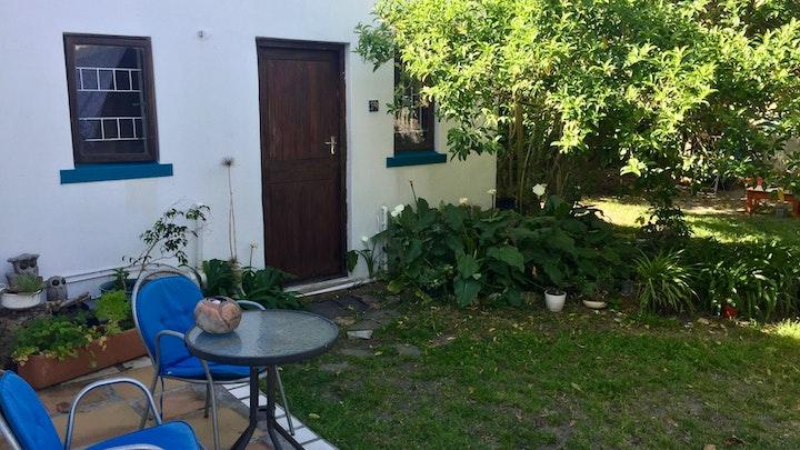 Muizenberg Akkommodasie by Sunflower Garden Oasis   LekkeSlaap