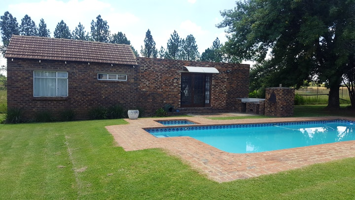 by House, Cottage and Contractor's Manor | LekkeSlaap