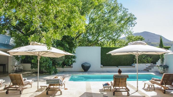 by Owner's Cottage at Grande Provence   LekkeSlaap