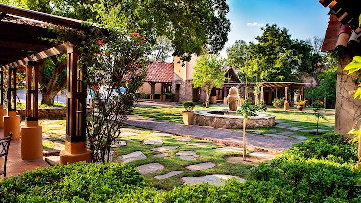 Pretoria-Oos Akkommodasie by Lombardy Boutique Hotel | LekkeSlaap