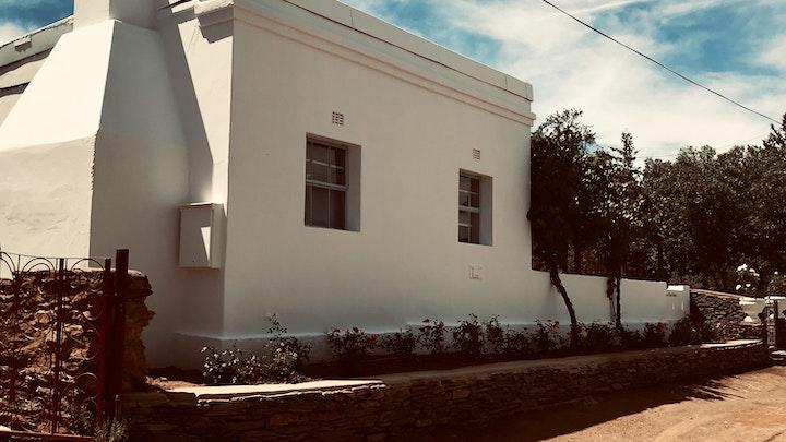 by The Karoo Moon House & Cottage | LekkeSlaap