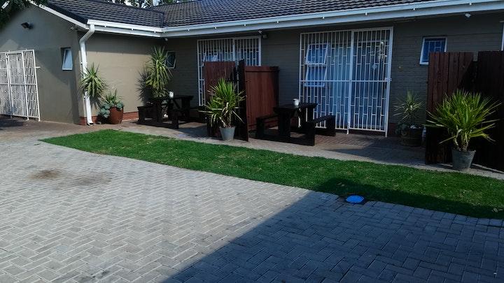 by Namib Dlux Guestrooms | LekkeSlaap