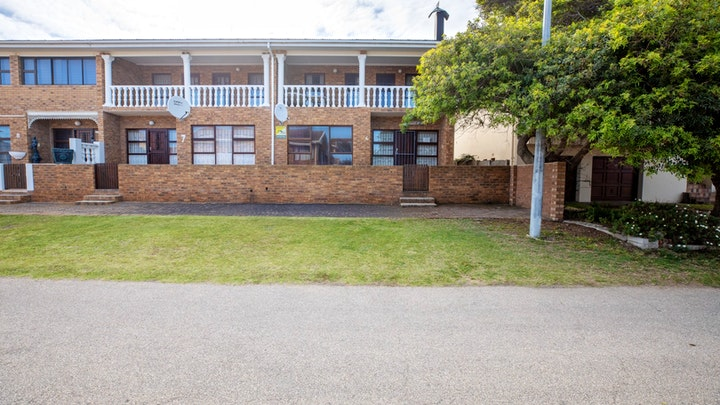 Hartenbos Accommodation at Huis by die See | TravelGround