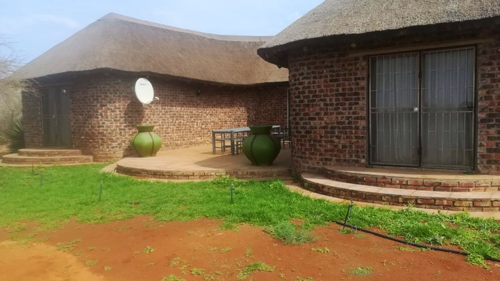 Northern Cape Accommodation at Matopi Guest Farm | TravelGround