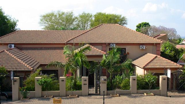 by Afrika Ikhayelihle Guest House | LekkeSlaap