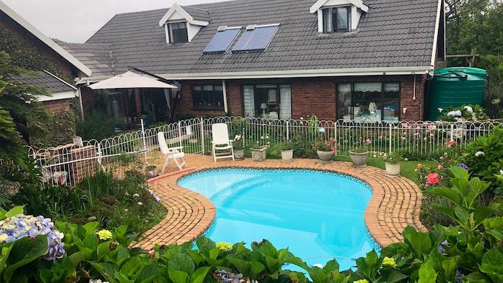 Hilton Accommodation at Bergview Family Loft | TravelGround