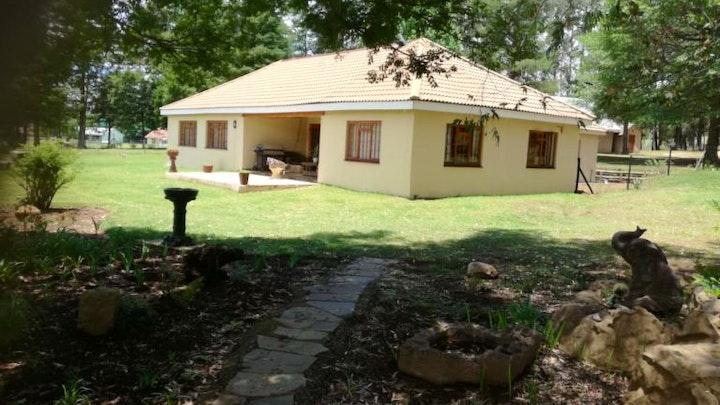 Drakensberg Accommodation at Castle End Cottage | TravelGround