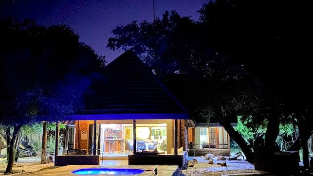 at Twiga Lodge Mabalingwe | TravelGround