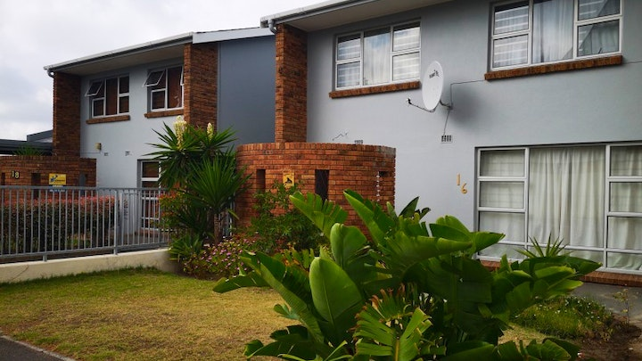 at Smithland 3-Bedroom House | TravelGround