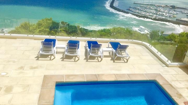 by Ocean View Holiday Apartments   LekkeSlaap