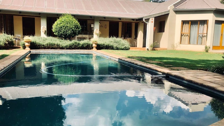 at The Farmhouse Carus Gardens | TravelGround