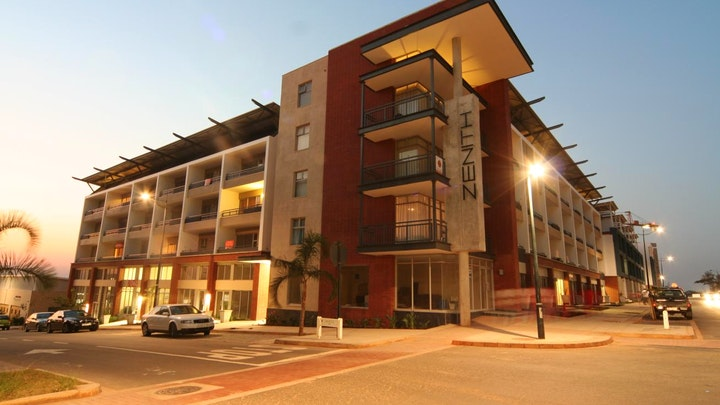 by Gateway La Loggia Apartments | LekkeSlaap