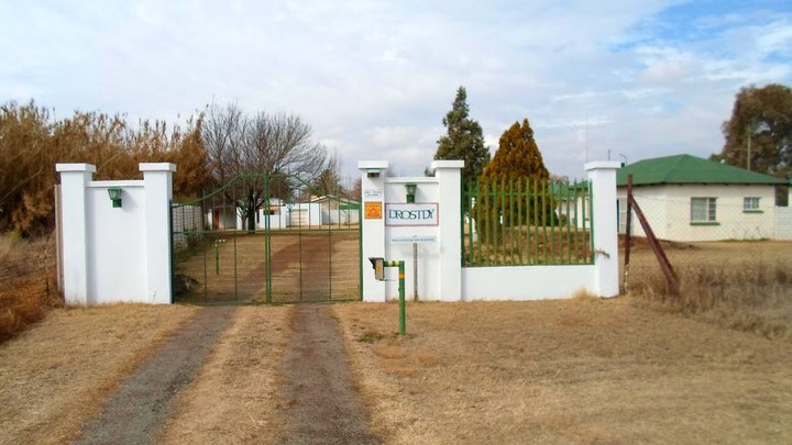 Potchefstroom Accommodation at Drostdy Overnight Rooms and Caravan Park | TravelGround