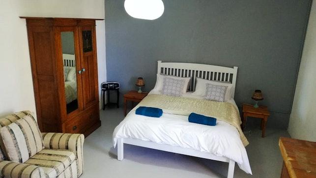 by Fraserburg Accommodation | LekkeSlaap